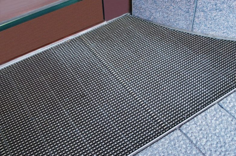 Custom-made, stylish and durable entrance grates.